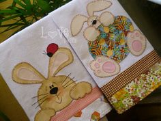 PÁSCOA PATCH APLIQUE - DOIS MODELOS Bird Applique, Applique Patterns, Applique Quilts, Bunny Crafts, Easter Crafts, Fabric Crafts, Sewing Crafts, Diy Crafts, Quilting Projects