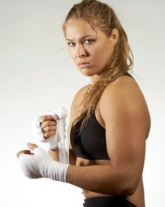 Ronda Rousey - This Awesomme MMA fighter is on her way to World Champion - just wait n see. She just also happens to be Really pretty, and of course Killer Bod :) Ronda Rousey Wwe, Ronda Jean Rousey, Karate, Divas Wwe, Rowdy Ronda, Mma Fighting, Ufc Women, Ju Jitsu, My Champion