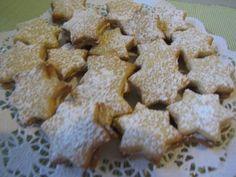 Sitruunaiset Tähdet - Kotikokki.net - reseptit Cookies, Desserts, Food, Crack Crackers, Tailgate Desserts, Deserts, Eten, Cookie Recipes, Postres