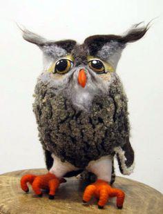 """Neulahuovutus pöllö """"Hilda"""".  Needle felted owl.   http://www.puu-luu.fi/"""