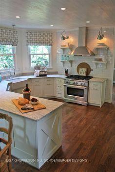 Love the look of this kitchen. White kitchen with thunder white granite countertops & white subway tile. Kitchen Redo, New Kitchen, Kitchen Dining, Kitchen Remodel, Kitchen Ideas, Kitchen White, Kitchen Layout, Kitchen Interior, Rustic Kitchen