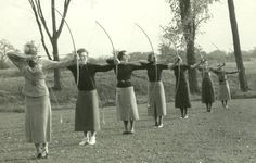 When Archers Are Graceful Girls – 34 Vintage Photos Show Beautiful Women Playing Archery ~ vintage everyday