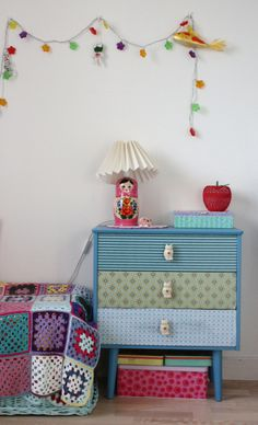 kids room decor | Covered Draws lamps, crochet blankets, idea, kids rooms decor, kid rooms, dressers, dresser drawers, little girl rooms, knitted blankets