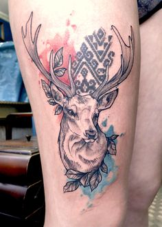 Lovely deer tattoo with watercolor touches by Anki Michler. Girly Tattoos, Girl Thigh Tattoos, Daddy Tattoos, 3d Tattoos, Wolf Tattoos, Sleeve Tattoos, Friend Tattoos, Animal Tattoos, Tattoo Ink