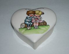 Joan Walsh Anglund Heart Shape Trinket Box Wolfpit
