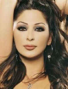 Lebanese singer Elissa