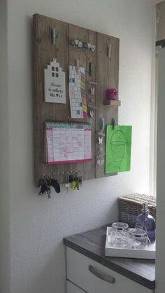 Mooi in de hal! Memo Boards, Home And Deco, Diy Frame, Rustic Interiors, Getting Organized, Wood Art, Room Inspiration, Planer, Home Furnishings