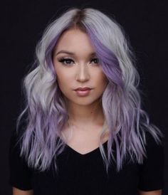 Hair Do's Lavender And Blonde Color Combo ❤ Lavender hair color is one of the most requested shades ever. It's time to fall in love with the stylish hair color and see how to pull it off awesomely. Purple Blonde Hair, Hair Color Purple, Blonde Color, Cool Hair Color, Hair Color How To, Hair Color Streaks, Hair Color Balayage, Lavender Hair Colors, Silver Lavender Hair