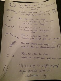 Schrijfdans / tekenversje van Zwarte Piet Sheet Music, Crafts For Kids, December, Cap, Crafts For Children, Baseball Hat, Kids Arts And Crafts, Easy Kids Crafts, Peaked Cap