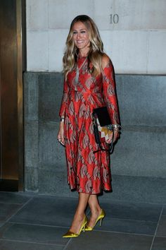 Sarah Jessica Parker: 52 años en 52 looks  http://stylelovely.com/galeria/sarah-jessica-parker-52-looks/
