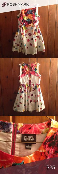 LIMITEDEDITION SOLDOUT Prabal GurungxTarget Dress Gorgeous Floral Crush dress from the now sold out Prabal Gurung by Target Collection. Features an exposed zipper, color blocking panels, and an amazing floral/honeycomb print. Fully lined with a tulle layer for volume. 98% Cotton/ 2% Spandex. One of my favorite designers and most prized items. Perfect condition as I only wore it once for an event. Prabal Gurung for Target Dresses