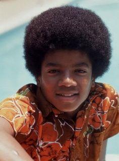Janni Tholstrup Jorgensen uploaded this image to 'Michael Jackson - Jackson 5ive Era'.  See the album on Photobucket.