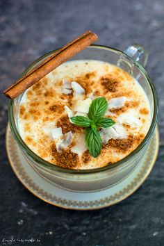 Smoothie cu mere coapte Baby Food Recipes, Healthy Recipes, Healthy Food, Yummy Food, Tasty, Milkshake, Hummus, Healthy Life, Smoothies