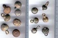 Buttons probably from early Middle ages (www.livinghistory.cz)