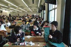 エッグドロップ甲子園2012 エッグプロテクター制作中! #エッグドロップ #eggdrop High School Students, Mindfulness, Science, Japan, Science Comics, Awareness Ribbons