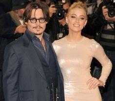 Johnny Depp Turns Gay Women Straight