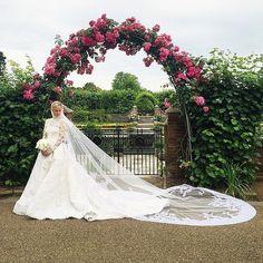 """25 traumhafte Hochzeitskleider, bei denen ihr keine Haut zeigen müsst. Wie heißt es so schön: """"modest is hottest"""""""