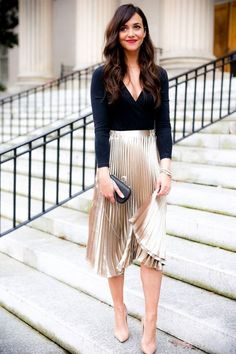 5d2399e7502d7 Christmas holiday New Year's Eve NYE party outfit look inspiration.  Beautiful light beige metallic pleated skirt metalic. Cute women's fashion  chic fall, ...