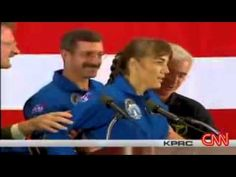 Astronaut Women Saw a UFO and Faints Fell Down