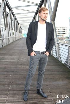 Man's World: Casual Business Look