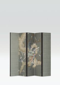 Armani/Casa is the world leader in luxury furnishings: a byword for elegance and style, it stems from Giorgio Armani's living dream of a warm, harmonious and sophisticated haven. Japanese Screen, Japanese Art, Chinoiserie, Room Deviders, Dressing Screen, Partition Screen, Metal Panels, Chinese Art, Chinese Style
