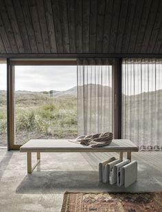 Modernes Tagesbett Aus Hochwertigem Holz Zum Stilvollen Entspannen ✓Daybed  Mit Passender Auflage In Grau ✓nordisches Design ✓kostenfrei Bestellen
