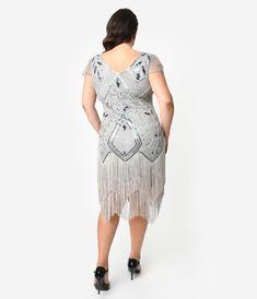 Unique Vintage Plus Size Silver Beaded Noele Fringe Flapper Dress Plus Size Flapper Dress, Beaded Flapper Dress, 1920s Dress, Unique Dresses, Trendy Dresses, Plus Size Dresses, Plus Size Outfits, Great Gatsby Fashion, Unique Fashion