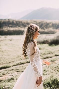 Wedding Dresses Beautiful lace long sleeve wedding dress - Gorgeous Winter Wedding Gowns we loved that fit for any winter wedding - Try Classic Long Sleeves or Winter wedding gowns in Deeper Shade of White Wedding Dress Sleeves, Long Sleeve Wedding, Lace Wedding, Dream Wedding, Wedding Day, Lace Sleeves, Gown Wedding, Wedding Blog, Mermaid Wedding