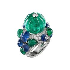 CARTIER. Ring - platinum, one 22.53-carat melon-cut emerald, melon-cut sapphires, carved emeralds and sapphires, brilliant-cut diamonds. #Cartier #ÉtourdissantCartier #2015 #HauteJoaillerie #HighJewellery #FineJewelry #TuttiFrutti #CarvedStones #Emerald #Sapphire #Diamond