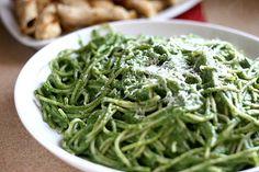 creamy spinach and avocado pasta