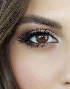 Want to know how to do makeup for brown eyes? This eye makeup tutorial from beauty vlogger Sona Gasparian will show you how to make your brown eyes pop. Best prom makeup -- prom makeup for brown eyes or makeup looks for prom CLICK VISIT link for Skin Makeup, Beauty Makeup, Hair Beauty, Eyeshadow Makeup, Smoky Eyeshadow, Makeup Brushes, Makeup Remover, Eyebrow Makeup, Eyeliner Brown Eyes