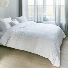 Dekbedovertrek Margaret Muir Lynne White - NIEUWE COLLECTIE | Duvet cover Margaret Muir | http://www.livengo.nl/beddengoed/dekbedovertrekken | #dekbed #slaapkamer #livengo