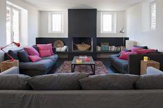 Un salon avec cheminée où il fait bon vivre - Marie Claire Maison