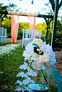 Wedding Gardens Brisbane  www.circleofloveweddings.com.au