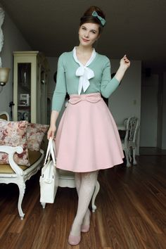I am in a mint and pink mood, even for my casual wear. Skirt: Igni Cardigan: Mak Blouse: Lolita Bag: Baby, the Stars Shine Bright Tights: Hue Shoes: Hotter