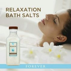 Indulge in a relaxed bathing experience with this aromatic blend of Dead Sea  salt, lavender and essential oils to soak away life's worries.