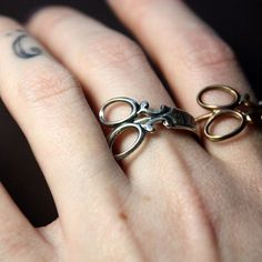 Timlee r092 무료 배송 골드 도금/platium 가위 손가락 반지 패션 보석 도매.