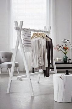48 Creative DIY Clothes Rack Design Ideas - Page 14 of 47 - Best Home Decorating Ideas Diy Clothes Rack, Clothes Rail, Wooden Clothes Rack, Hanging Clothes, Clothing Racks, Clothes Stand, Clothing Swap, Clothing Stores, Clothes Horse
