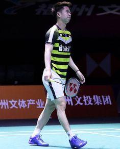 Man Images, Badminton, Athlete, Minions, Sports, Fashion, Hs Sports, Moda, The Minions