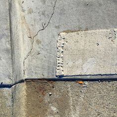 #Oakland #curb #gutter #cement #concrete #asphaltart #lineart #urban #urbanart #urbanarcheology #pavement #hardscape #streetart #modern #modernist #accidentalart #abstractart #abstract #art  #lookdown #unintentionalart #unexpectedart #learnminimalism #minimalist #minimal #uniminimal #asphaltography #roadart #streetmarkings