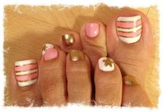 Toe nail designs. Only the big to design
