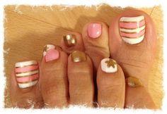 Toe nail designs but no star