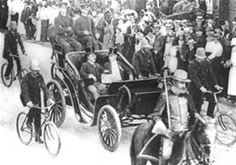 On August 22, 1902, Theodore Roosevelt became the first president of the United States to ride (publicly) in an automobile.