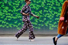 London – Lewis Cubitt Square. #LFW, #England, #Fashion, #LFW15, #London, #Moda, #Mode, #SS16, #Street, #StreetStyle, #Style, #UK, #Woman, #Women Photo © Wayne Tippetts