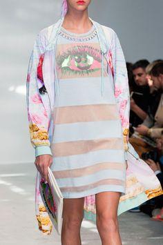 Manish Arora at Paris Fashion Week Spring 2015 - StyleBistro
