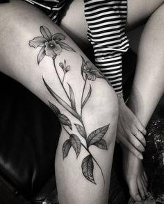30 Gorgeous Orchid Tattoo Designs and Ideas - Page 2 of 3 - TattooBloq Splendid Blackwork Orchids by brunandradettt Pretty Tattoos, Unique Tattoos, Cute Tattoos, Beautiful Tattoos, Body Art Tattoos, Small Tattoos, Sleeve Tattoos, Tatoos, Tattoo Bein
