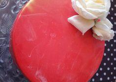 Csokis fehércsokis mousse torta tükörglazúrral | Dorka receptje - Cookpad receptek Mousse, Pudding, Desserts, Food, Tailgate Desserts, Deserts, Custard Pudding, Essen, Puddings