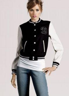 Kup mój przedmiot na #vintedpl http://www.vinted.pl/damska-odziez/bluzy/12351981-czarno-biala-bejsbolowka-kurtka-bluza
