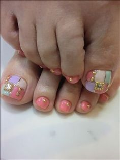 New Season Pedicure Nail Art Ideas - The modern . Pedicure Designs, Pedicure Nail Art, Toe Nail Designs, Nail Polish Designs, Toe Nail Art, Mani Pedi, Pretty Toe Nails, Sexy Nails, Hot Nails