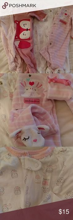 4 newborn girl footed pajamas bundle! My baby girl is 5 weeks and growing fast. She literally wore each one once since she was born at 8 pounds. No stains rips like new besides a few wrinkles from my slacking of laundry folding  lately 😀 All 4 are newborn size. 3 are Carter's 1 is little wonders.  All but 1 are zipper. Saves time at  3:30 in morning especially since you start buttoning wrong ! Will be posting more soon and maternity clothes. Also discounts on bundles.     Happy holidays…